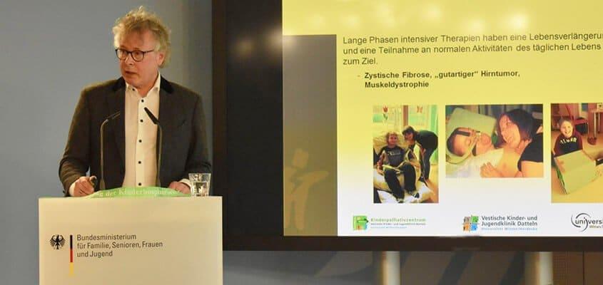 Prof.Zernikow Dialogforum Berlin